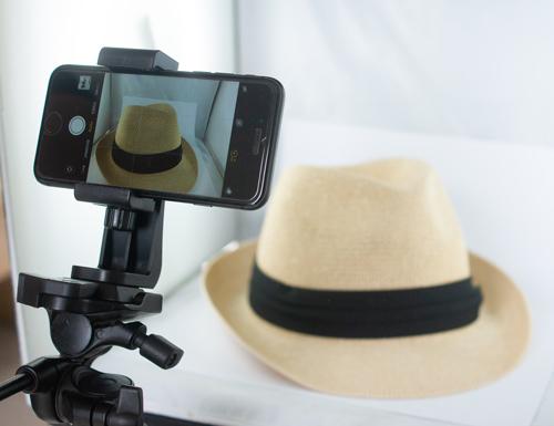 Produktfotografie mit iPhone auf Stativ